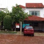 Casa en venta con seguridad en calle cerrada , Cancun