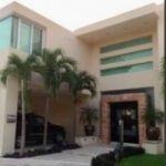 Espectacular casa en renta con opcion a compra  , Villa Magna . Cancun