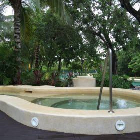 Departamento en condomio Lorena Ochoa , Playa del Carmen