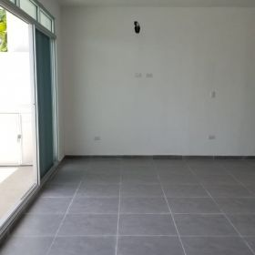 CASA EN VENTA ARBOLADA , CANCUN , 3 RECAMARAS