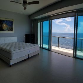 Departamento en Venta en Cancun Frente al Mar en Residencial Peninsula