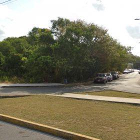 Terreno en Venta Cancun Av Tulum Frente a Hospital Galenia